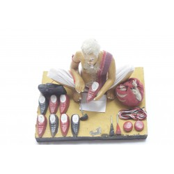 Clay Replica Of Indian Cobbler Showpiece